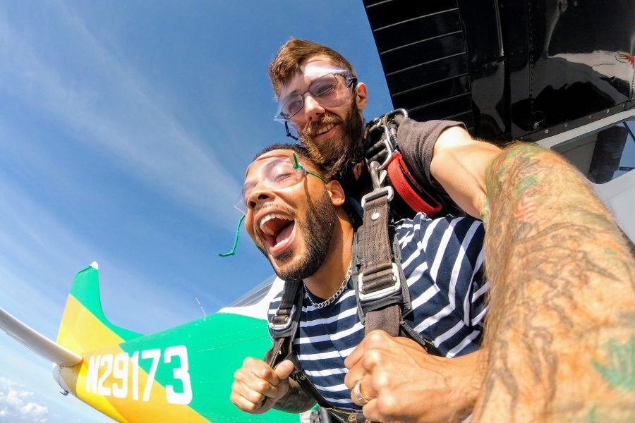 First time skydiving experience with Skydive St Louis near Chicago
