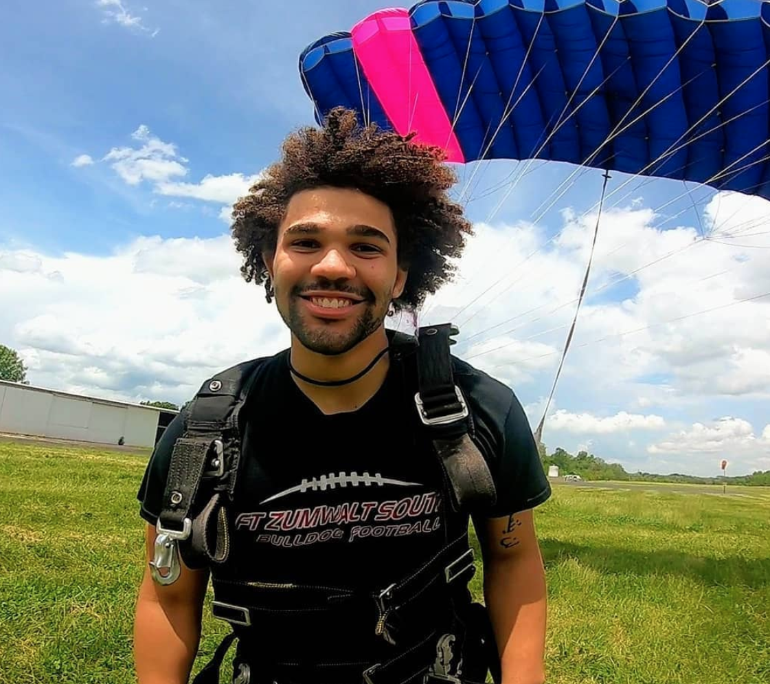 Man finishing skydive on a warm sunny day at Skydive St Louis near Chicago