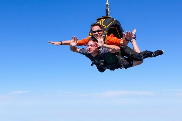How Safe is Tandem Skydiving?  Skydive St  Louis